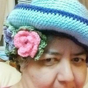 Queen hat handmade crochet